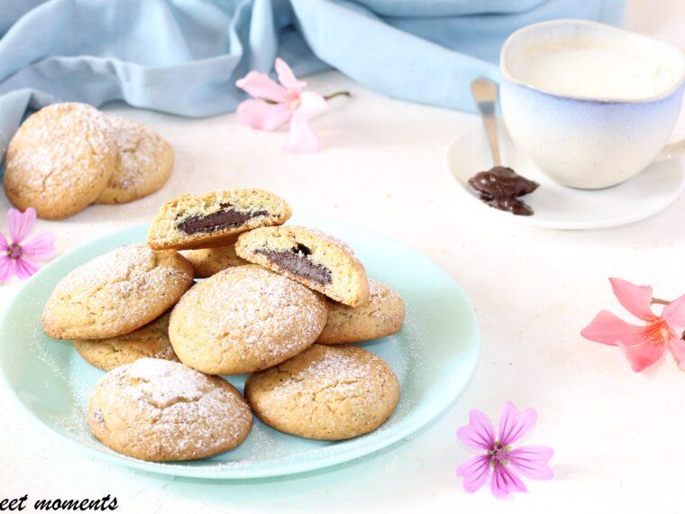 Biscotti al pistacchio con cuore cremoso