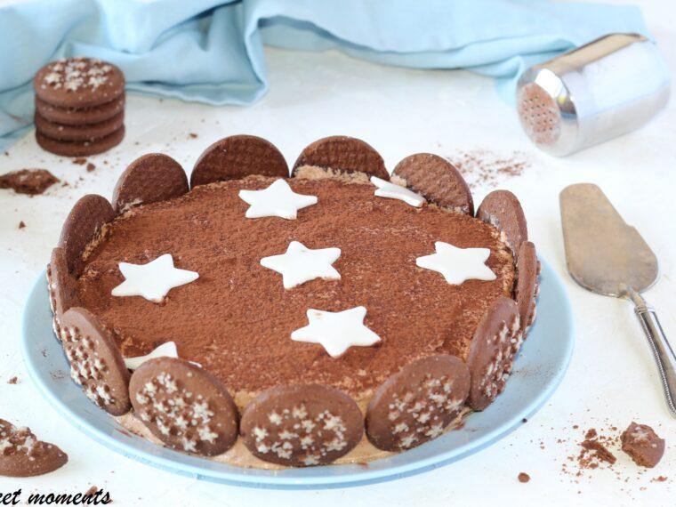 Torta pan di stelle con panna e nutella