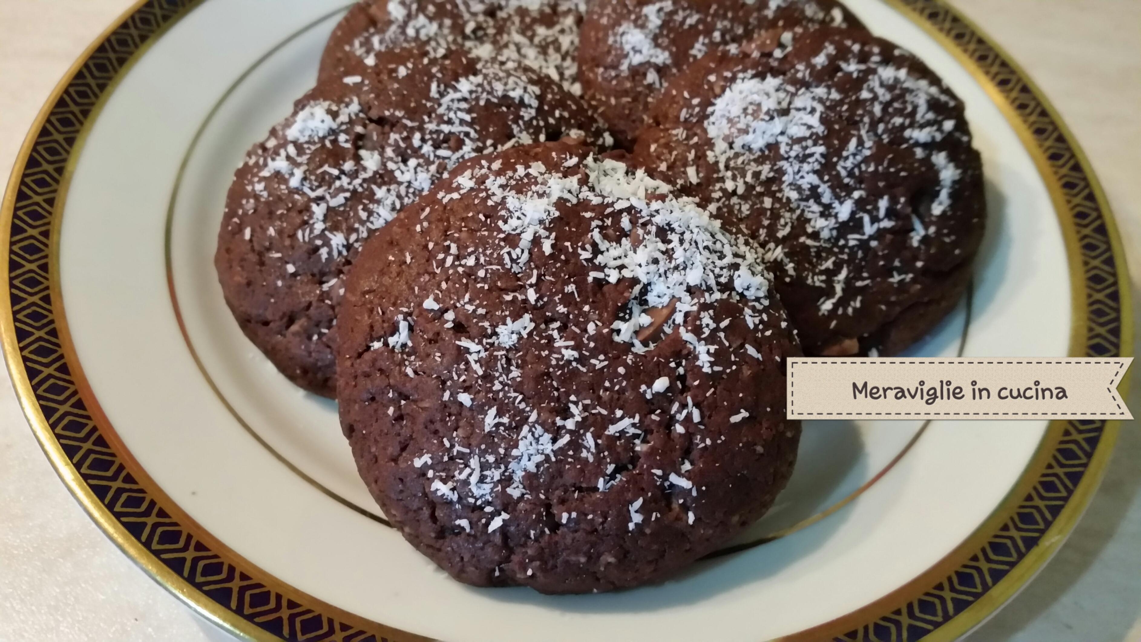 Biscotti cocco e cioccolato senza uova e burro