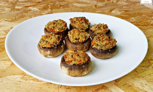Funghi ripieni gratinati al forno