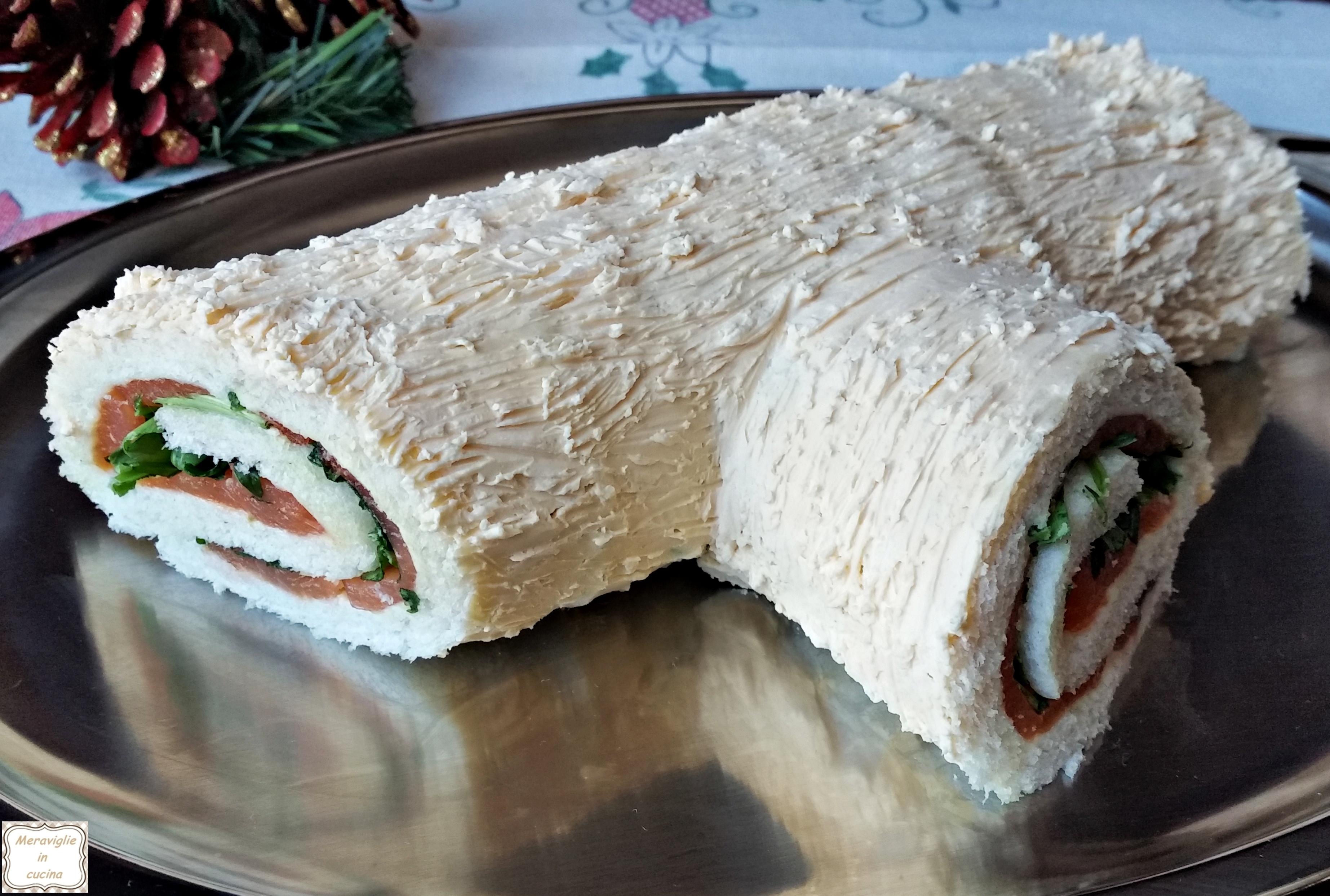 Tronchetto di natale salato salmone e rucola