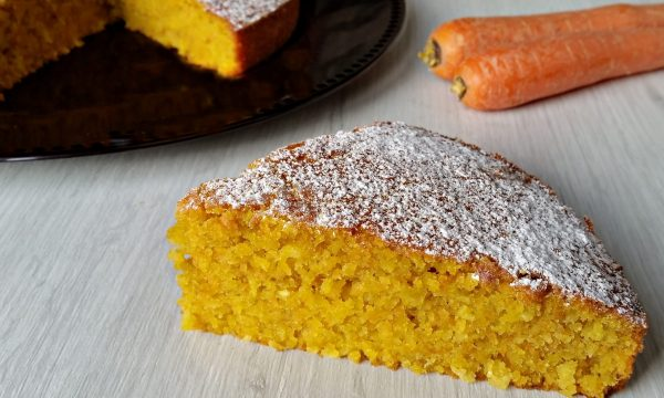 Torta cocco carote e mandorle