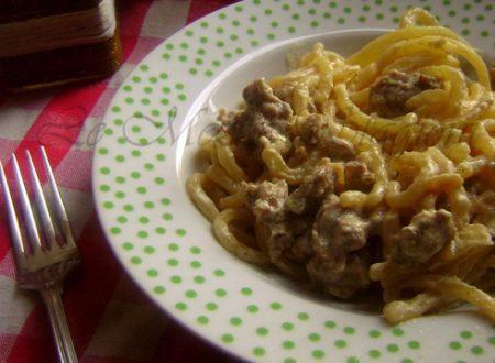 Pasta alla norcina, ricetta tipica umbra