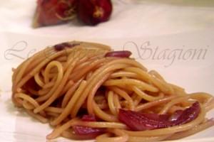 Spaghetti alle cipolle rosse, ricetta