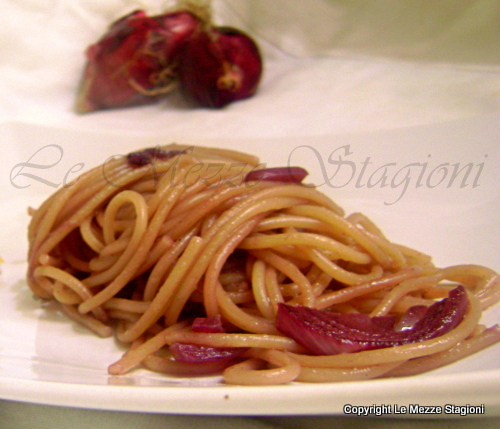 Spaghetti alle cipolle rosse
