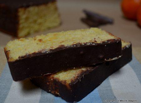 Plumcake all'arancia glassato al cioccolato