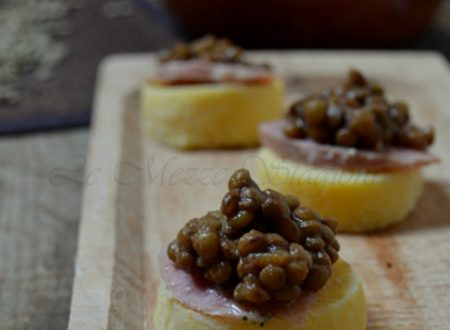 Crostini di polenta cotechino e lenticchie
