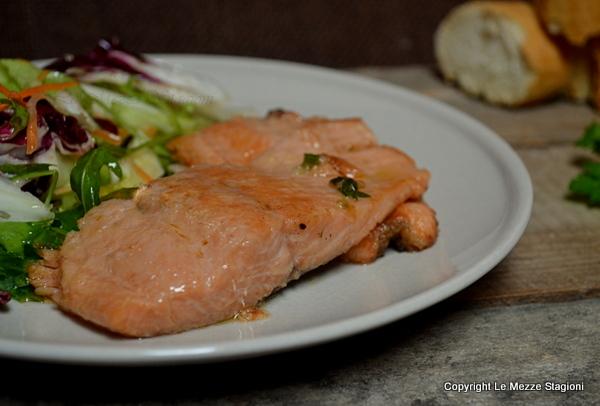 Ricetta Salmone Giallo Zafferano.Salmone In Padella Ricetta Facilissima E Veloce