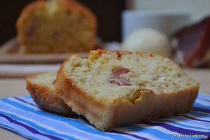 Plumcake salato con speck e provola ricetta anche Bimby