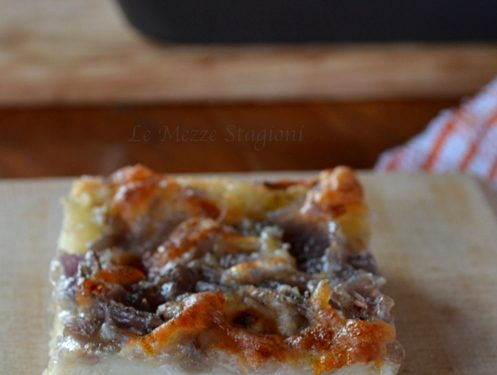 Pizza alle cipolle ricetta con e senza bimby