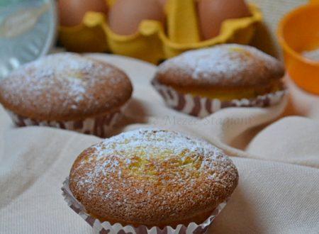 Muffin ricotta e limone soffici