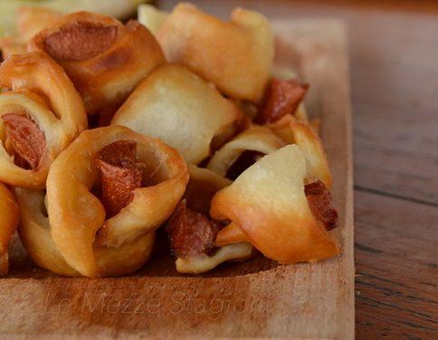 Stuzzichini di würstel fritti ricetta anche Bimby