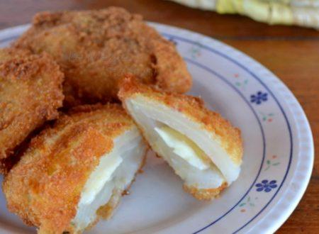 Cotolette di finocchi e formaggio fritte e al forno