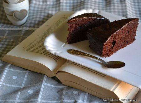 Torta al cioccolato senza uova e burro ricetta anche bimby