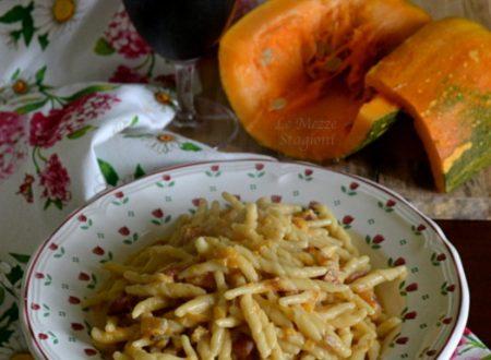 Trofie con zucca e pancetta cremose