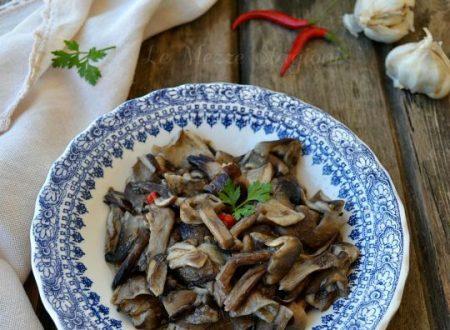 Funghi chiodini trifolati in padella ricetta