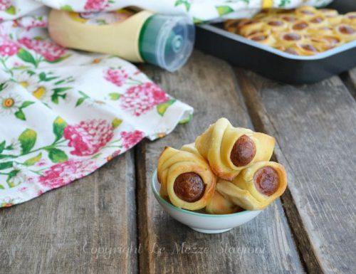 Salatini con wurstel e pasta brisè