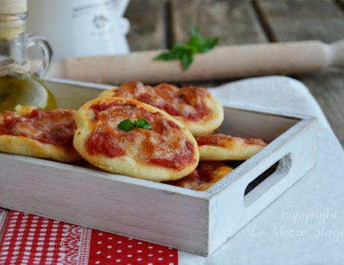 Pizzette veloci morbidissime per buffet