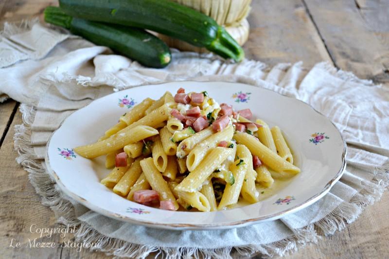 pasta zucchine e mortadella