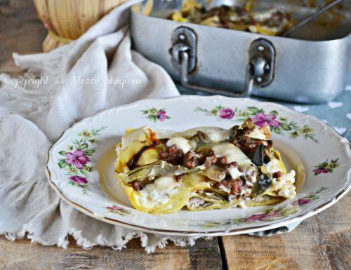 Lasagna con carciofi e salsiccia
