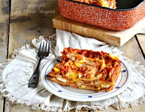 Lasagne con ragù di salsiccia e uova sode