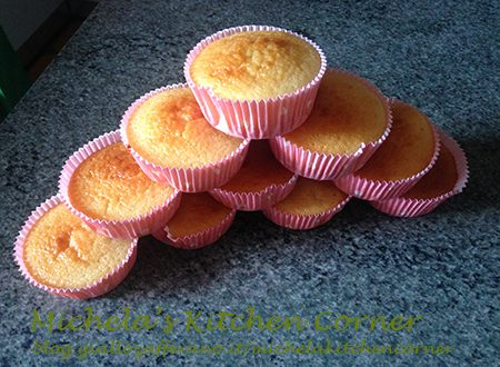 Tortini soffici allo yogurt aromatizzati al miele