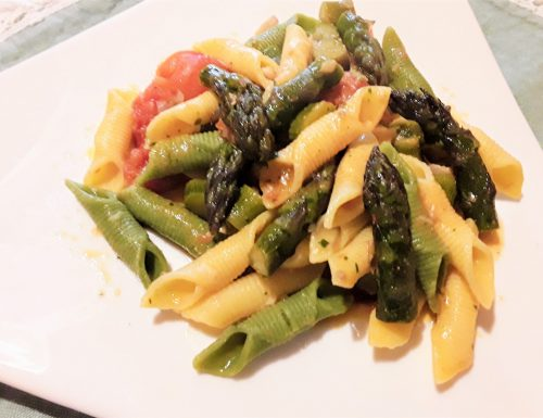 Garganelli con cernia, asparagi e pomodorini