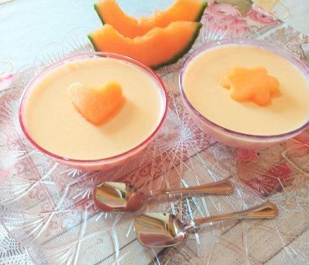 Coppe al melone e panna