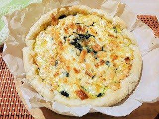 Torta salata con spinaci e brie