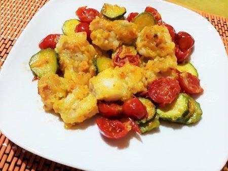 Bocconcini di rana pescatrice con verdure e zafferano