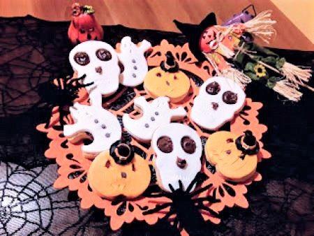 Biscotti di Halloween decorati