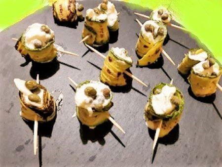 Involtini di zucchine con burrata
