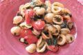 Orecchiette con spinaci e pomodorini