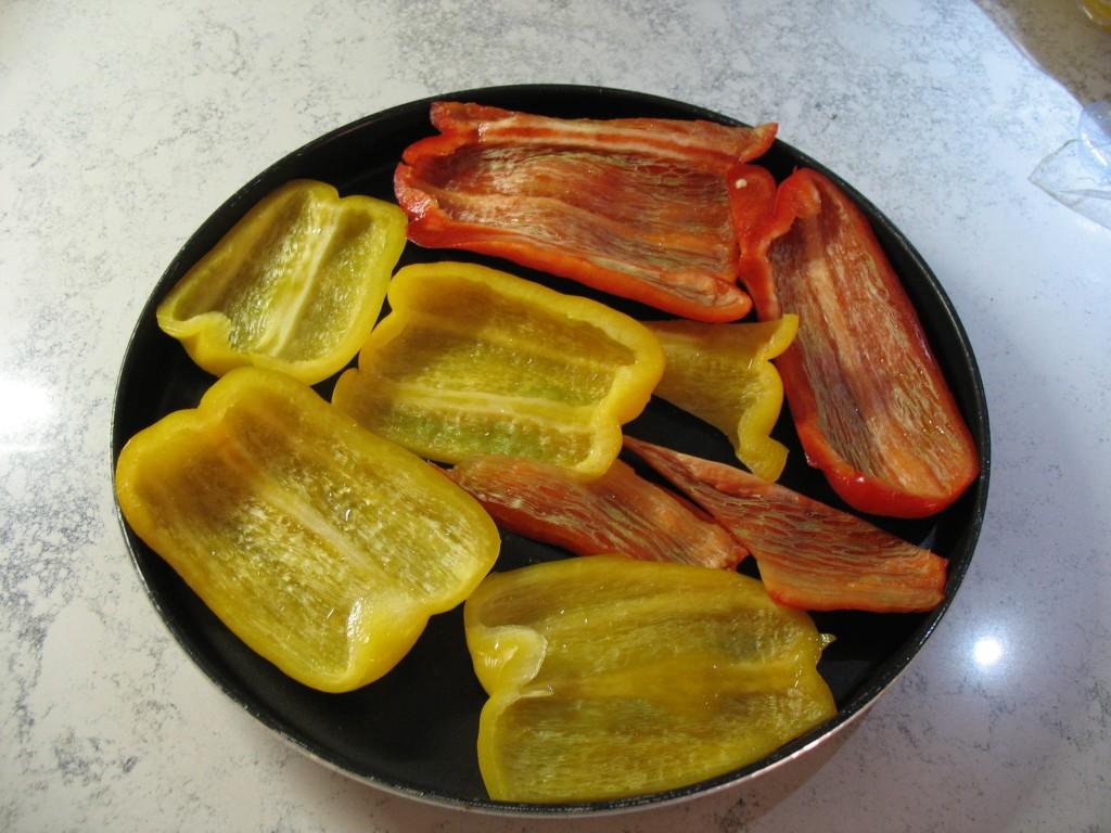 I peperoni arrosto cotti al microonde con la funzione for Cottura microonde