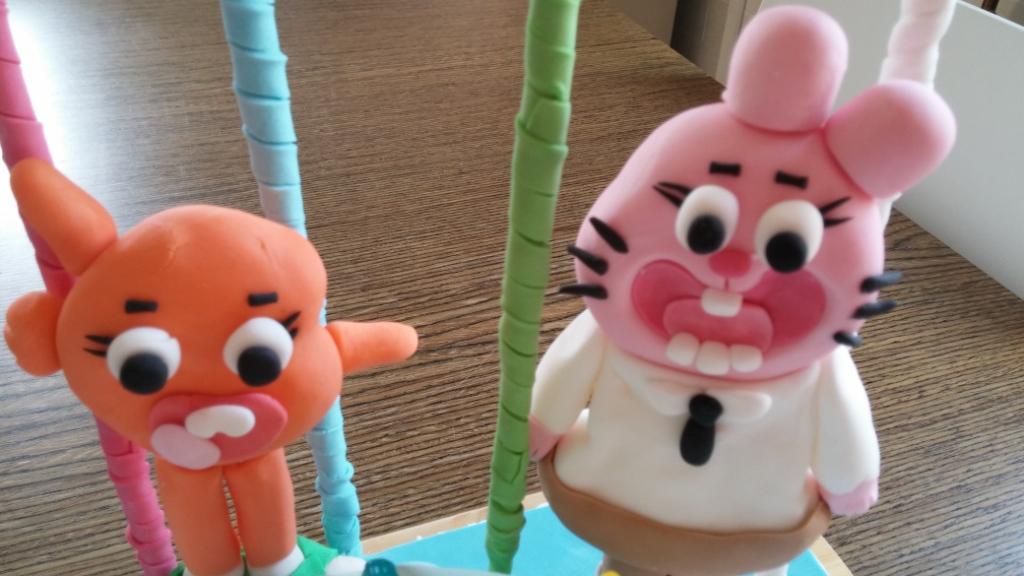 Personaggi del cartone animato Gumball in pasta di zucchero