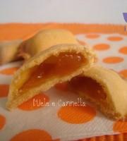 Ravioli dolci di frolla senza burro ripieni di confettura o nutella