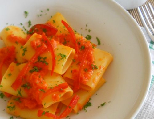 Paccheri con crema di peperoni