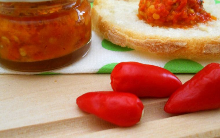Crema di peperoncino. Ricetta facile