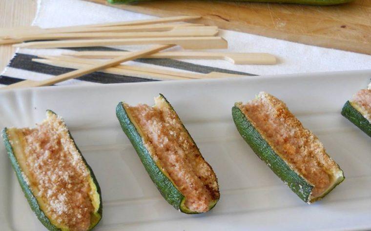 Barchette di zucchine ripiene al forno. Ricetta finger food