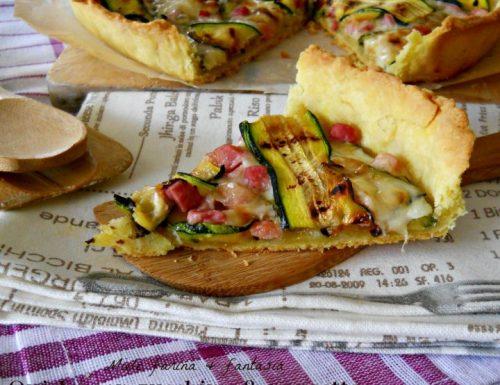Quiche con zucchine pancetta e formaggio