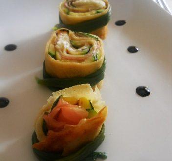 Rondelle di crepes con zucchine grigliate cotto e robiola