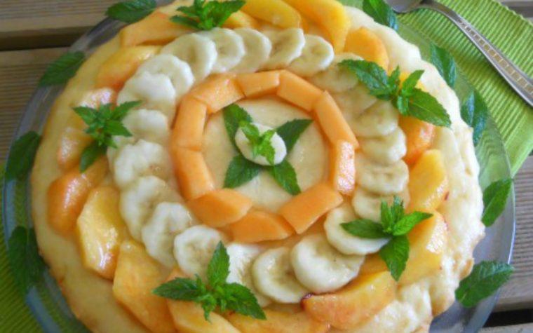 Crostata senza glutine con frutta fresca