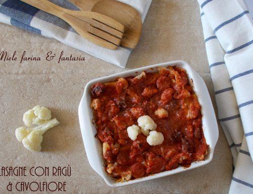 Lasagne con ragù e cavolfiore