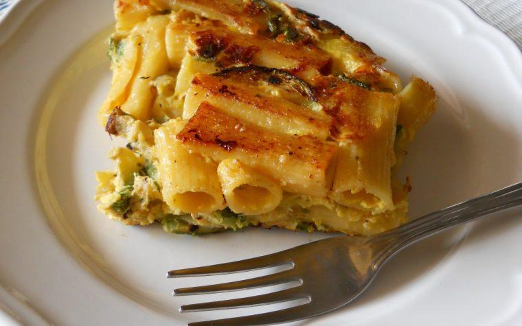 Frittata di pasta con zucchine e gorgonzola