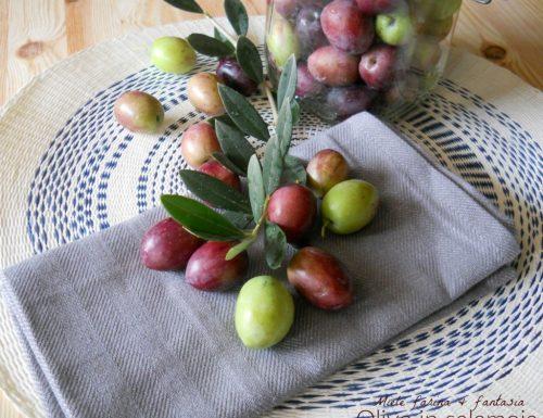 Olive in salamoia fatte in casa