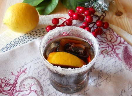 Cocktail al rhum e chinotto