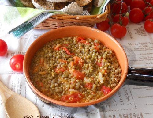 Zuppa di lenticchie e pomodori