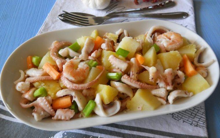 Insalata di moscardini gamberi e patate