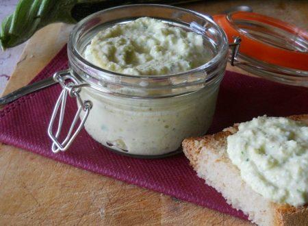Salsa di zucchine allo yogurt greco