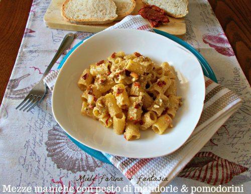 Mezze maniche con pesto di mandorle e pomodori secchi